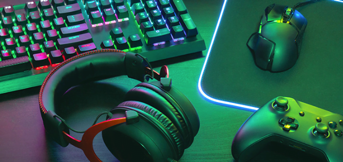 PC Game Accessories - Mind Blowing Mobile Gadget Gifts for Your Friend